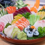 a sashimi set of Fujiya
