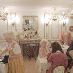 ReminiSens, Restaurant-Theatre