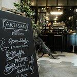 ร้านกาแฟ artisan มาคู่กับเขียวไข่กา เหมือนที่กรุงเทพฯ