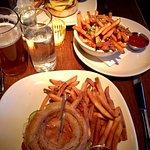 Burger and Barrel resmi