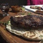 Одно из любимых заведений города Краснодара - уютное кафе Инжир Оригинальная подача, шикарная ку