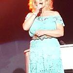 Patty Mabe singing