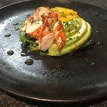 Salade de homard, avocat et mangue