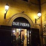ภาพถ่ายของ Dar Poeta