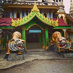 Photo de Tiger Cave Temple (Wat Tham Suea)