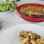 Almoço, bacalhau com natas e espinafres