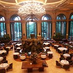 Restaurante Crystal Court, no The Palace Hotel, em Sun City - África do Sul.