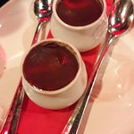Petits pots crème chocolat.