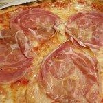 Pizza con caciocavallo e coppata in uscita !!!!