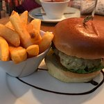 Burger (underwhelming), but thick cut chips were good...