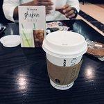 صورة فوتوغرافية لـ Starbucks Coffee Seef Mall