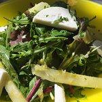 Σαλάτα με αχλάδι