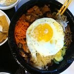 R2, dol sot bi bam bab with chicken, egg on top