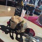 Das angesprochene Dessert ... samt Bierbeleitung