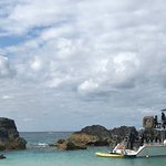 Boat & SCUBA Divers