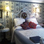 Ballauf's Room: Queen Bed for two, private bath with clawfoot tub, in-room coffee service