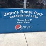 John's Roast Pork resmi