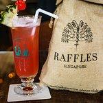 Singapore sling cocktail @Raffles Hotel, Singapore