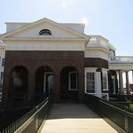 another view of Monticello