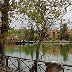Resort Centro Benessere Hotel Villa Leri sulle rive del grazioso lago a forma di cuore