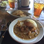 Shrimp and Grits with Fried Green Tomatoes (excellent)