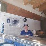 Ellenos ภาพถ่าย