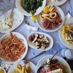 Υπέροχο φαγητό !!! 🐙🐚🦀🦐🦈