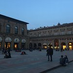 People sitted in the Square ...