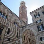 Verona_Piazza dei Signori_2