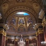 Photo of St. Stephen's Basilica (Szent Istvan Bazilika)