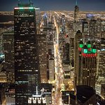 Magnificent Mile lights up at night