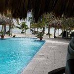 We had an amazing time here. The staff...amazing...the location perfect for privacy...rent a gol