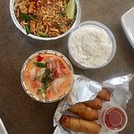 Sabhai Thai, takeout