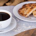 Torrada à Jomafel acompanhada com Café D'avó