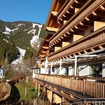 Photo from the terrace showing balconies and the ski lift