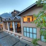 The Chinar Resort & Spa