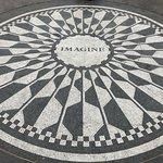 Central Park - John Lennon Memorial, Strawberry Fields