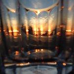Sonnenuntergang hinter Glas