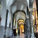 Cathedral of St. Vincent de Paul照片