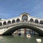 Photo de Ponte di Rialto
