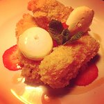 Cheesecake fritter with sherry and cinnamon