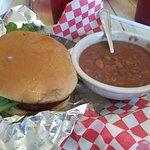 Cheeseburger & beans