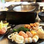 Aneka bakso, jamur dan sayur yang ada di Kashimura Shabu