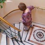 Terraza. Desayuno. Escaleras. Habitacion con baño.