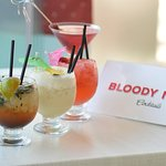 Foto Bloody Mary Drinks and Snacks