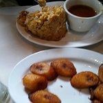 Mofongo and platanos amarillos