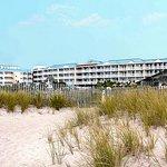 La Mer Beachfront  Inn