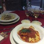 Fettuccine boscaiola e ravioli ricotta e spinaci