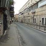 Otra calle del barrio
