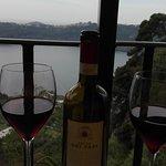 Ottimo vino e vista lago.